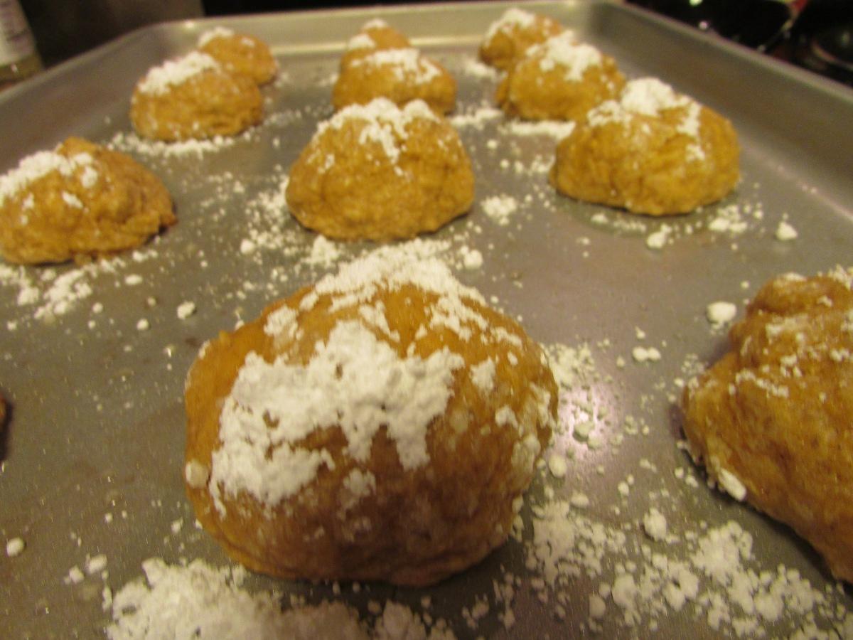 Pumpkin Crackle Cookies